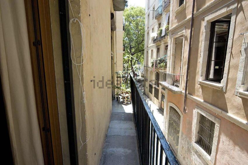 Piso en calle de les Basses de Sant Pere, Sant Pere - Santa Caterina i la Ribera