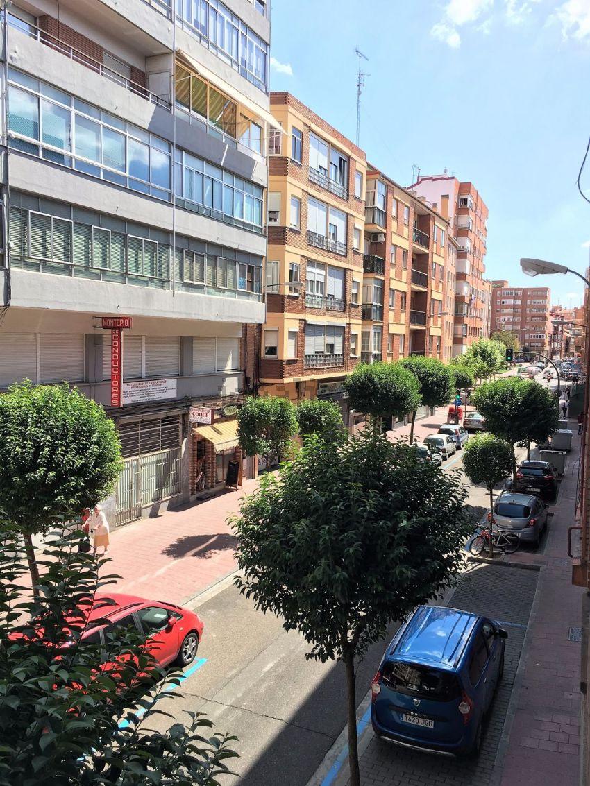 Piso en calle de Nicasio Pérez, San Juan - Batallas, Valladolid