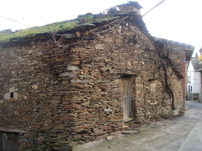 Casa de pueblo en calle de las Pilas, 15, Villares de Jadraque