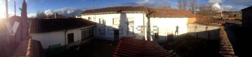 Casa de pueblo en avenida Asturias, 1, Cea