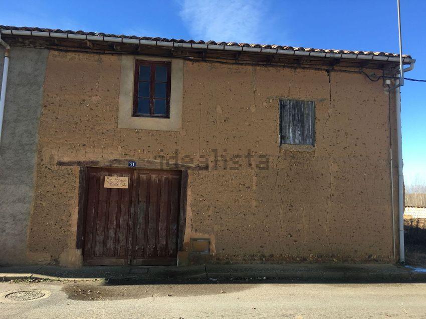 Casa de pueblo en calle el Caño, 7, Villaturiel