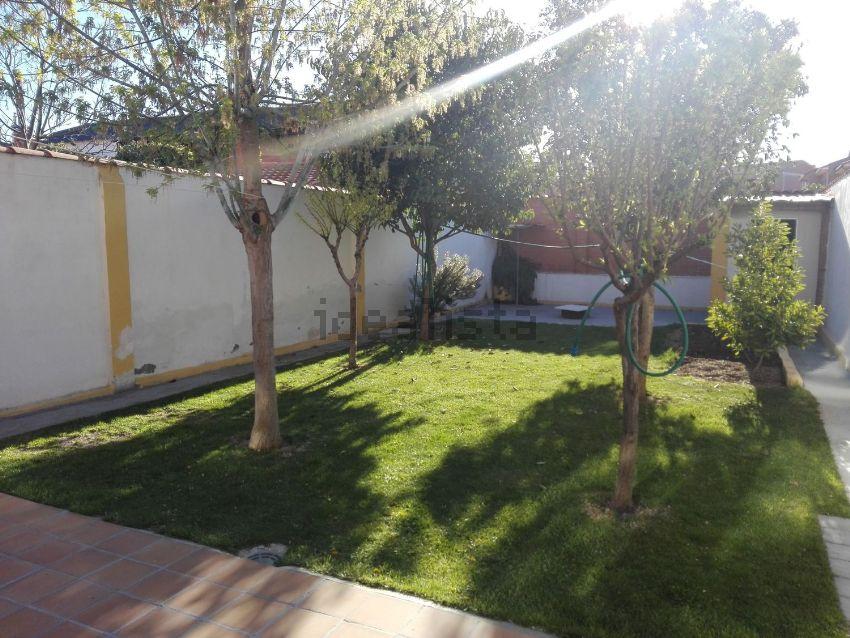Chalet adosado en calle San Antón, 38, Cigales