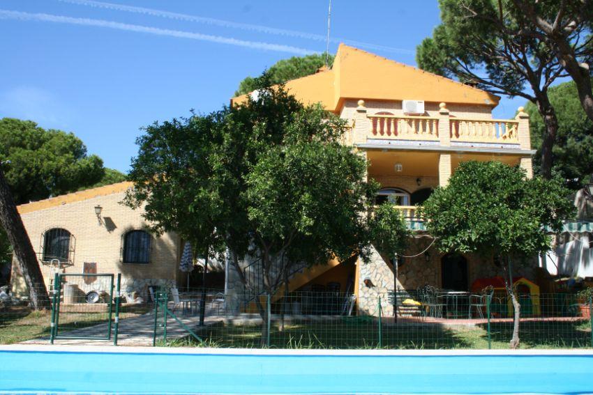 Casa o chalet independiente en calle Pino Doncel, 1, Oromana, Alcalá de Guadaira