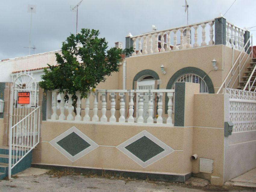 Chalet adosado en calle Antonio Ordoñez, 197, La Siesta - El Salado - Torreta, T