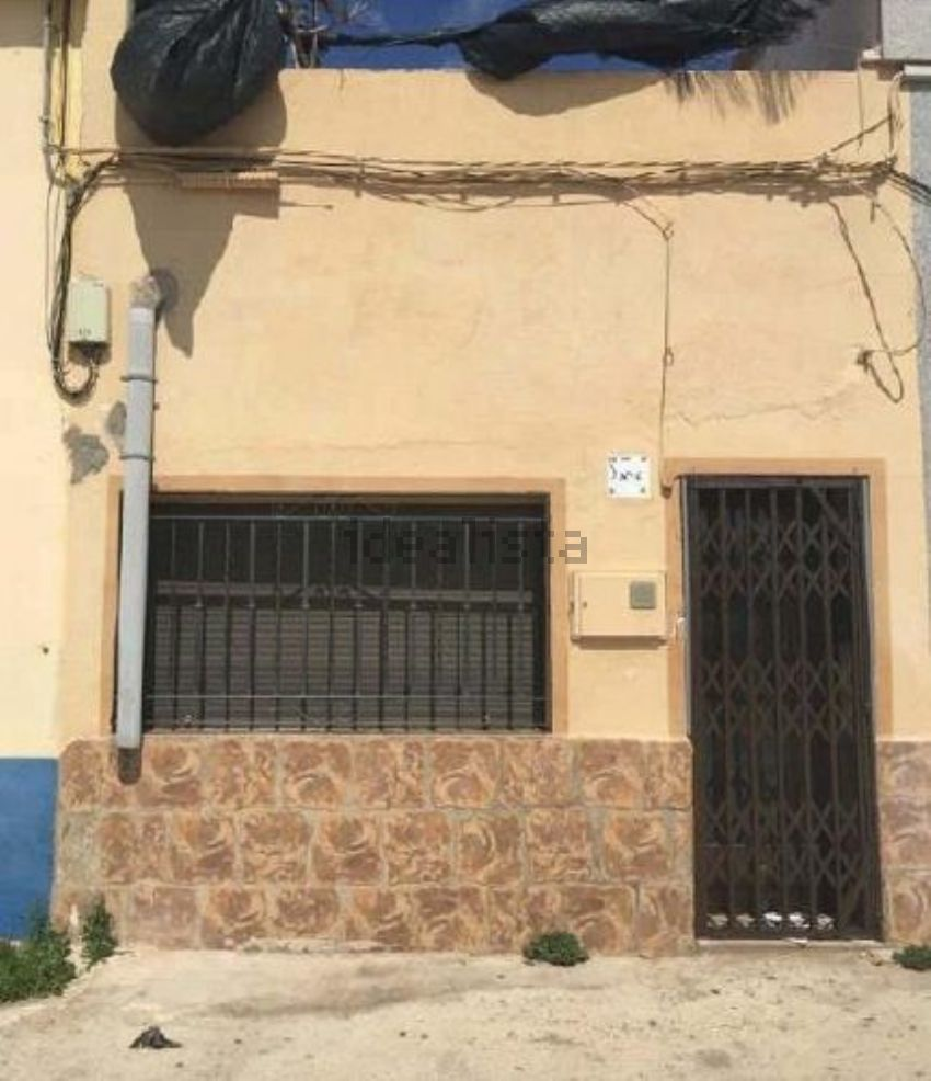 Chalet adosado en avenida de valencia, Torreblanca