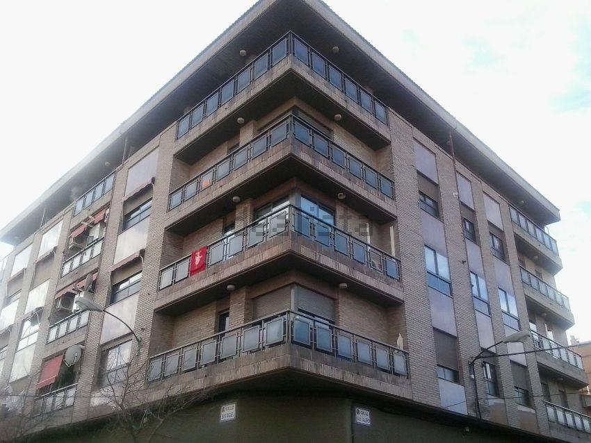 Piso en calle San Miguel, 37, Casetas - Garrapinillos - Monzalbarba, Zaragoza