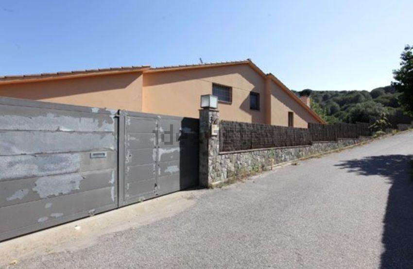 Chalet en calle josep calvet i móra, 34, Argentona