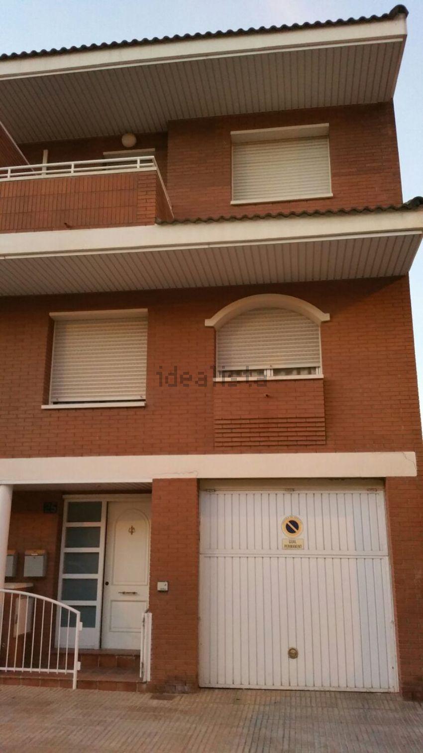 Chalet adosado en calle Corts Catalanes, s n, Torrefarrera