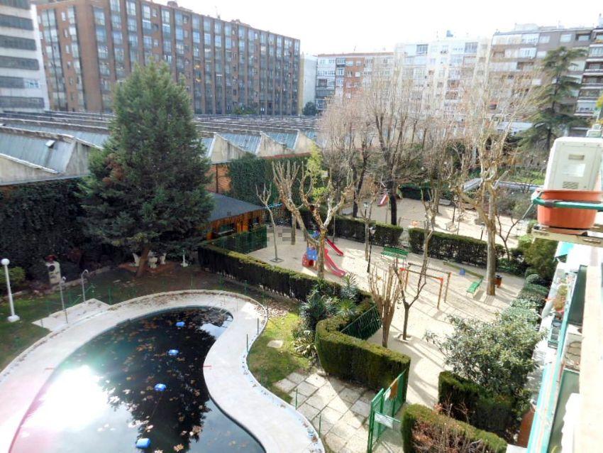 Piso en Sánchez Barcáiztegui, Pacífico, Madrid