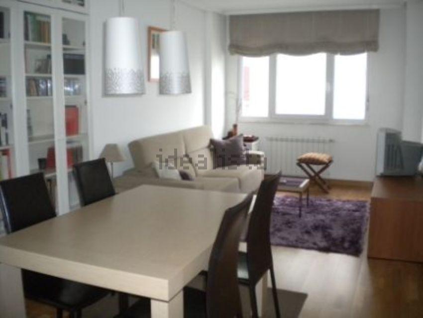 Piso en avenida de A Coruña, 349, La Milagrosa - Piringalla, Lugo