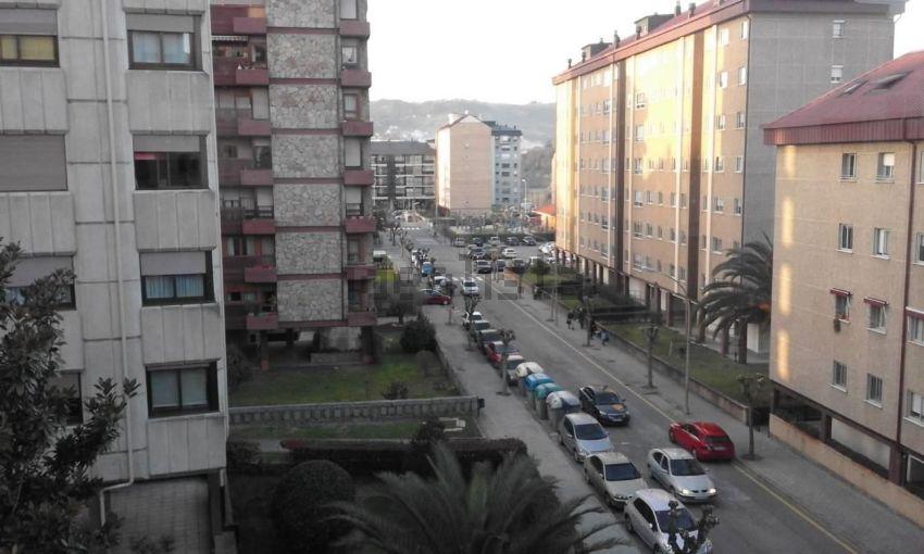 Piso en As Lagunas, Ourense