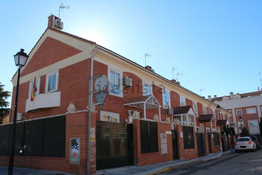 Chalet adosado en calle Buitrago, La Paloma - Asfain, Azuqueca de Henares