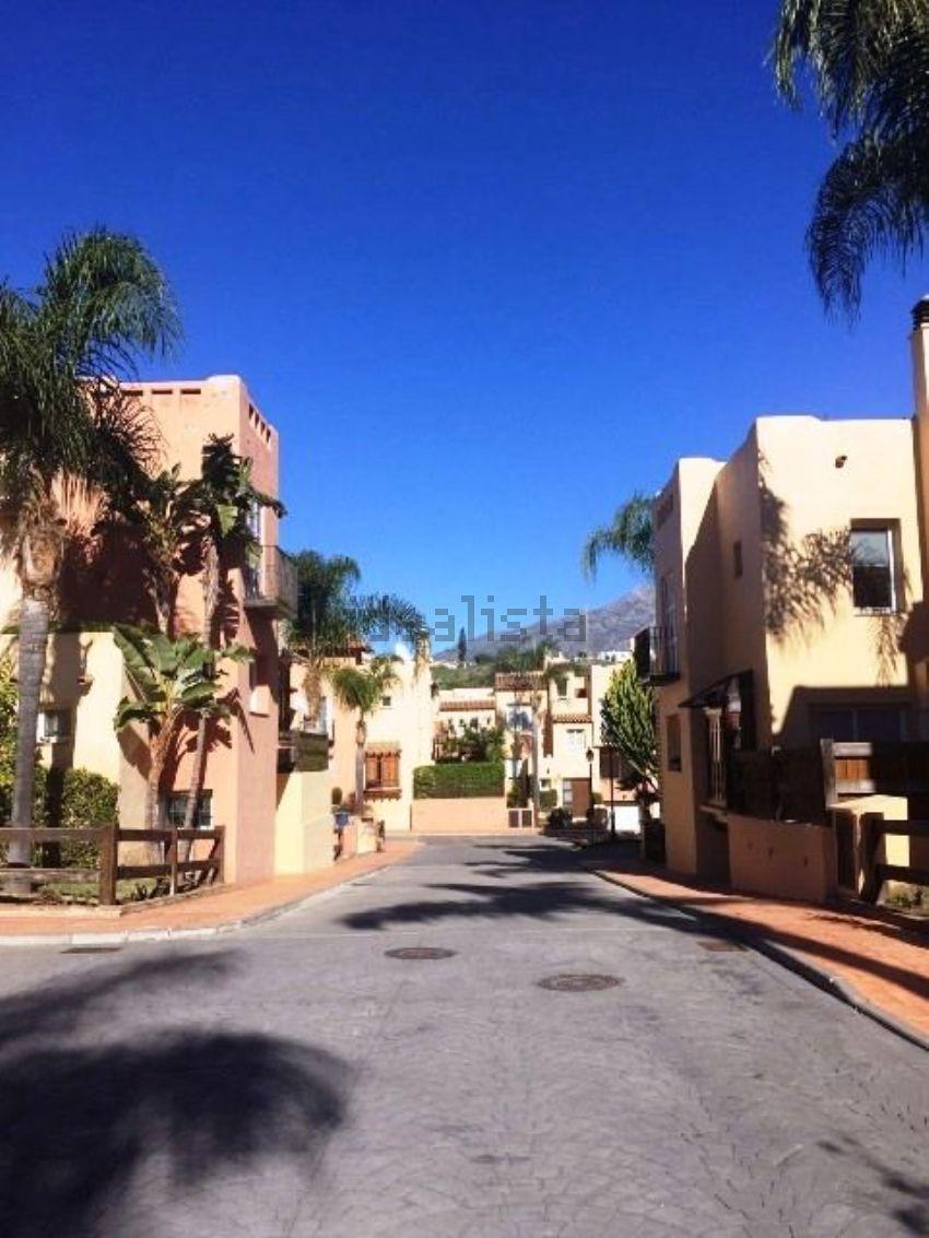 Chalet adosado en Condes de Iza, Rodeo Alto-Guadaiza-La Campana, Marbella