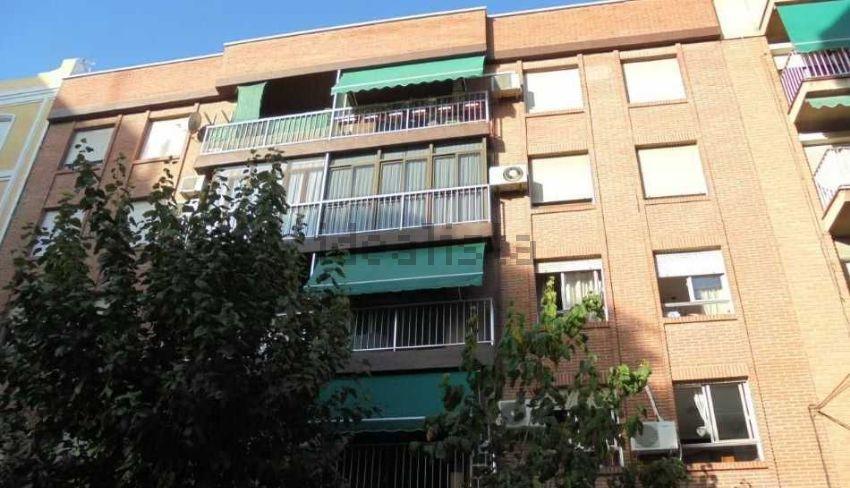 Piso en calle Cuartel de Artillería, 8, El Carmen, Murcia