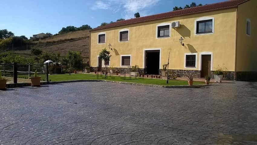 Cortijo en camino de las puertas, s n, Altos de Estepona, Estepona