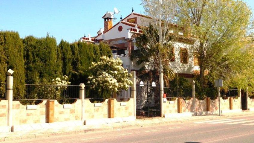 Casa o chalet independiente en calle everest, La Zubia