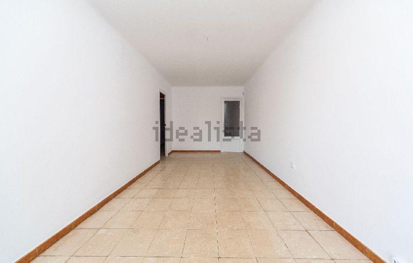 Pisos de alquiler en santa coloma de gramenet good piso for Pisos alquiler singuerlin