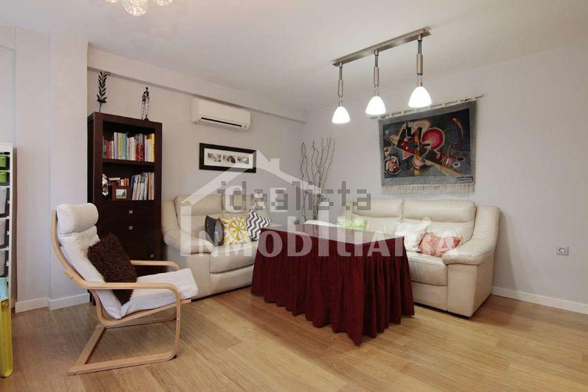 Piso en calle SANTA CLOTILDE, s n, Ronda - Arabial, Granada