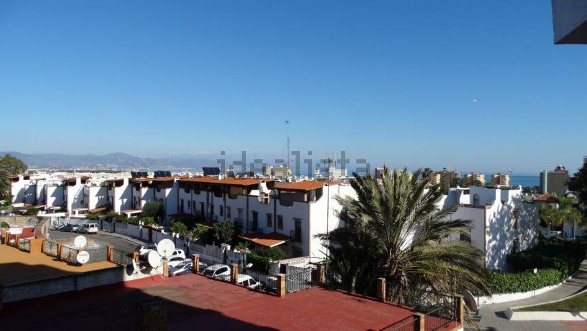 Piso en avenida de Benyamina, Playamar - Benyamina, Torremolinos