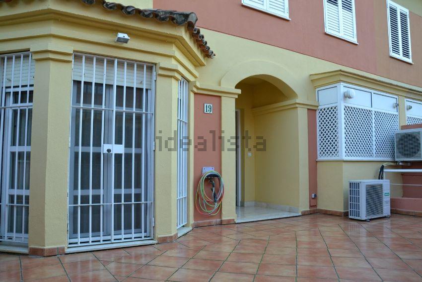 Chalet adosado en calle CRISTINA HOYOS Nº24, 5, Aljamar, Tomares
