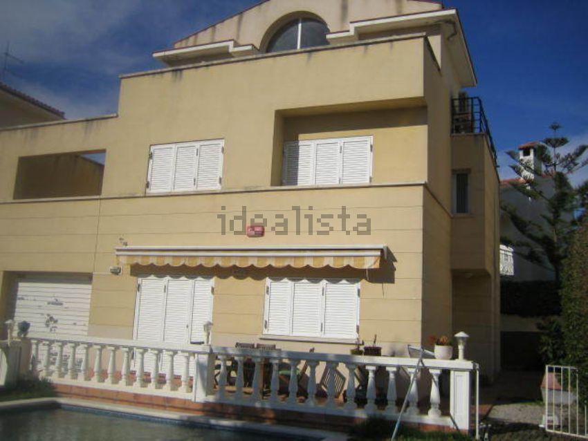 Chalet pareado en calle Matagalls, 1, Mas d En Serra-Els Cards, Sant Pere de Rib