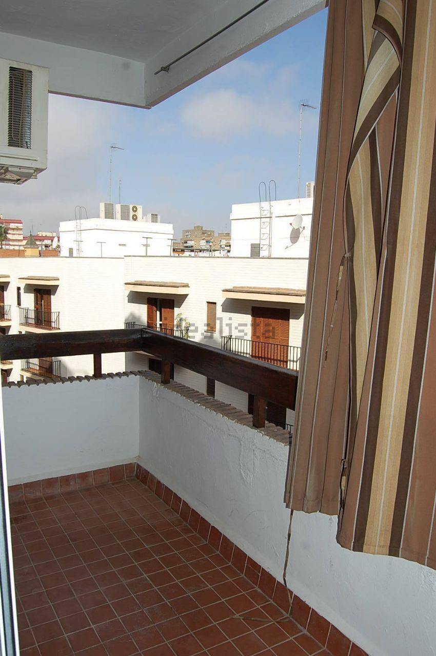Estudio en calle paraíso, Plaza de Cuba - República Argentina, Sevilla