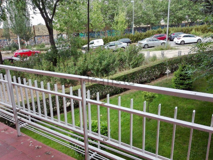 Piso en calle Santa Susana, 44, Pinar del Rey, Madrid