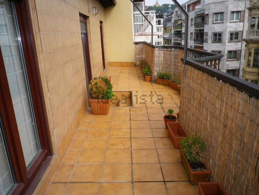 Piso en calle Manterola, Área Romántica, Donostia-San Sebastián