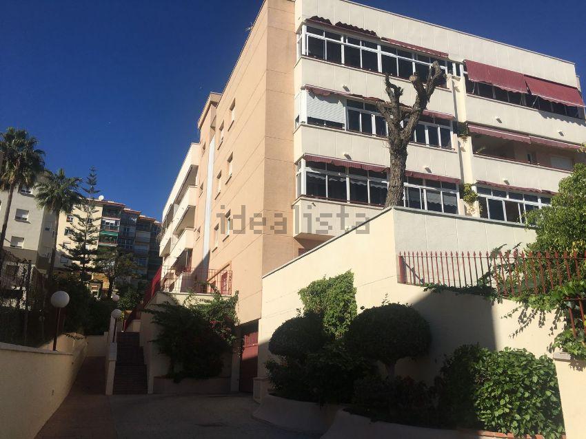 Piso en avenida Carolta Alessandri, 50, Montemar, Torremolinos