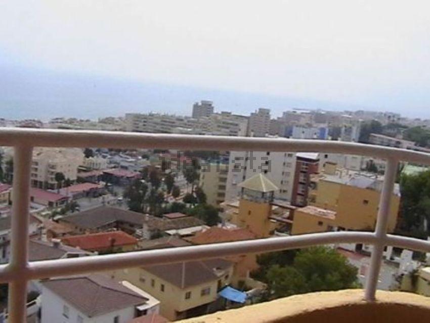 Piso en calle Roquedal, Loma de los Riscos, Torremolinos