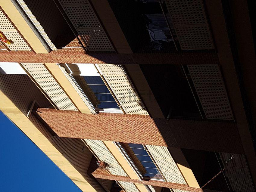 Piso en calle del Escultor Lobato, 14, San José Alto, Zaragoza