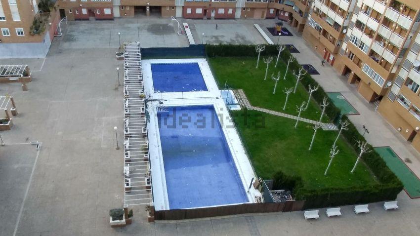 Piso en calle Manuel Alvar López, 7, Parque de los Cineastas, Zaragoza
