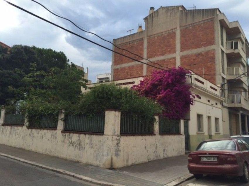 Casa o chalet independiente en Creu de la Ma - Rally sur, Figueres