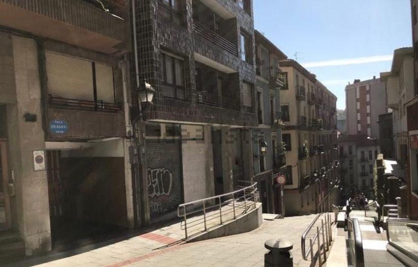 Piso en calle Uribarri, Uribarri, Bilbao