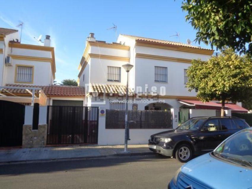 Chalet en calle constantino ponce de la fuente, Avenida de las Ciencias, Sevilla