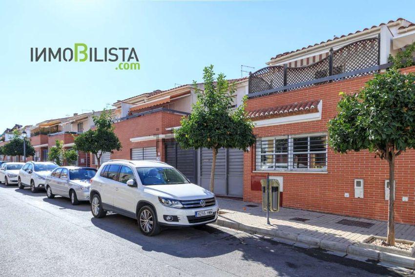 Chalet adosado en calle Joaquín Blume, San Antón, Armilla
