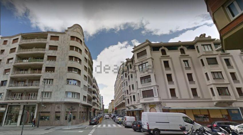 Piso en calle de Emilio Arrieta, 2º Ensanche, Pamplona Iruña