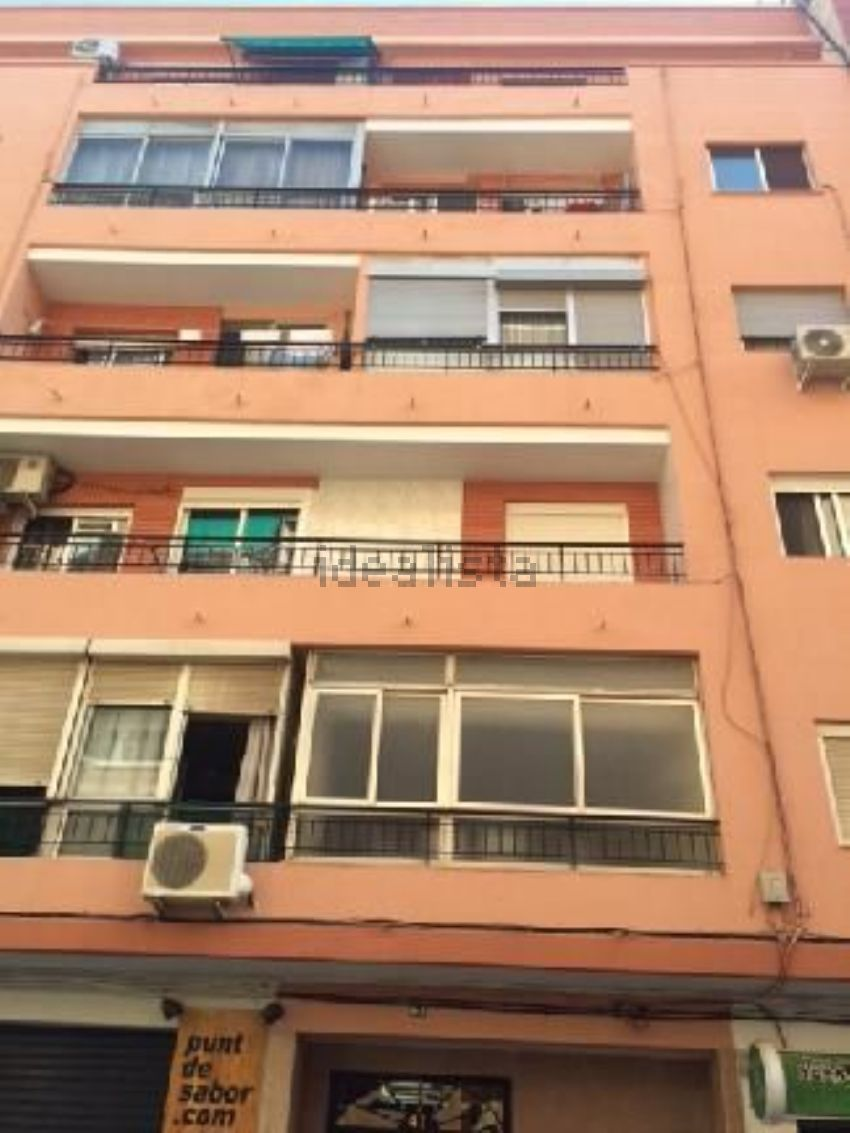 Piso en calle navarro cabanes, Nou Moles, València