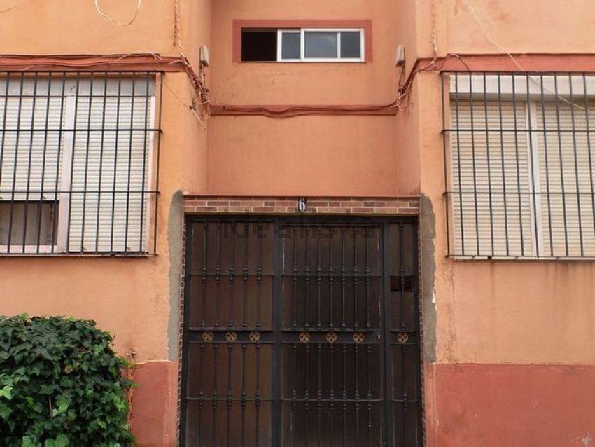Piso en calle chicorro, Los Pescadores - Saladillo, Algeciras