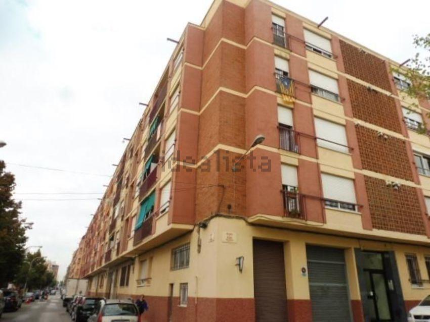Piso en passatge villar, Eixample, Sabadell
