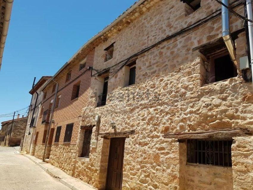 Chalet adosado en calle cervantes, Sigüenza