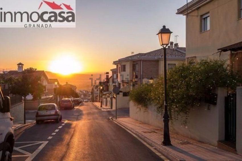 Chalet adosado en calle Sierra Nevada, Huétor-Vega