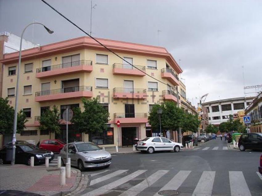Álvaro González, Inmobiliaria, Buhaira, Nervión, Sevilla.