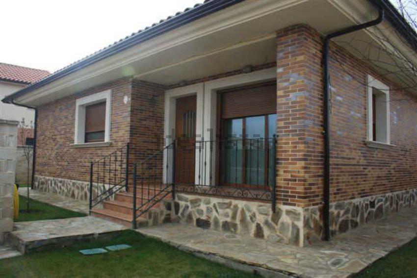 Casa o chalet independiente en calle Leon Felipe, 3, Moraleja del Vino