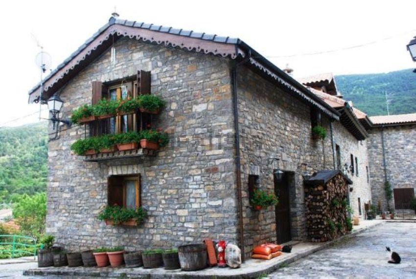 Casa de pueblo en Calle Esperanza, Biescas