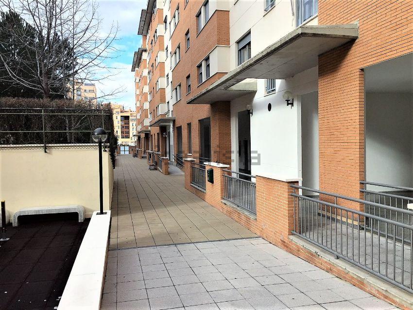 Piso en calle de villava, Las Tablas, Madrid