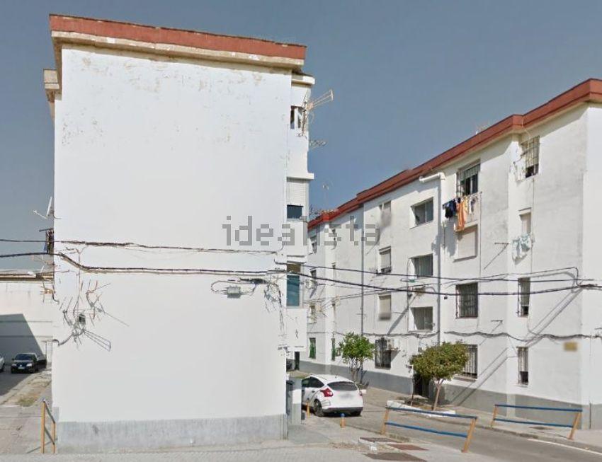 Piso en calle segura, Los Pescadores - Saladillo, Algeciras