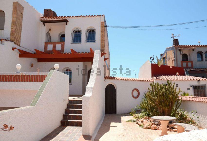 Chalet pareado en calle Don Quijote, 6, El Algar-El Beal, Cartagena