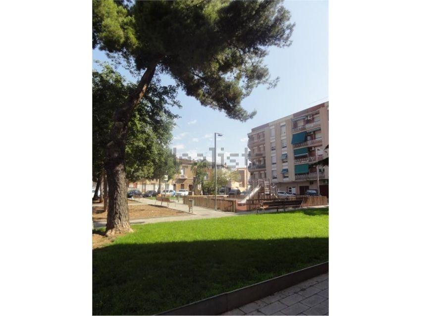 Piso en plaza usatjes, La Creu Alta, Sabadell