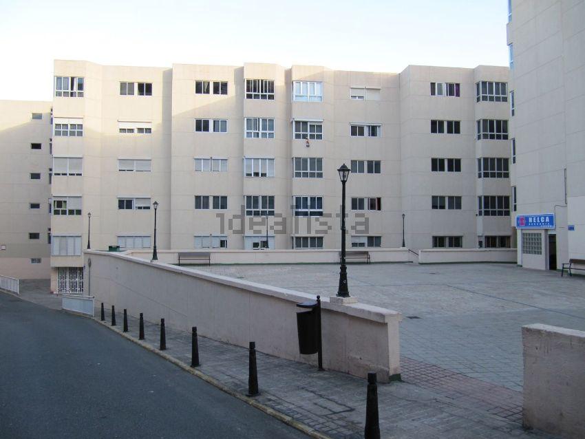 Piso en calle Vigilante García Cabello, 19, Arenales - Lugo - Avda Marítima, Las